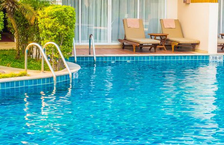 Commercial pool cleaning, Wellington Florida